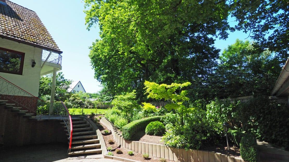 Treppenaufgang Garten